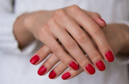7 segreti per avere unghie sane