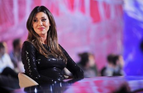 Belen Rodriguez rifiuta il Tapiro e chiama i Carabinieri
