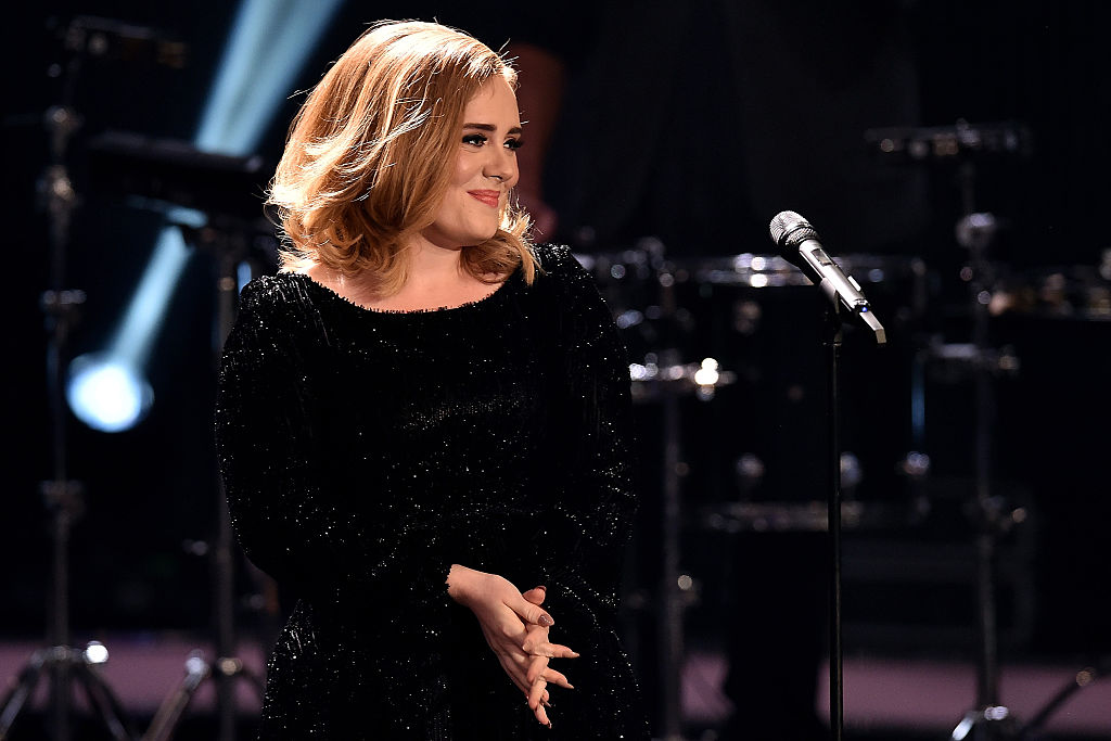 Adele in vetta alla classifica di Forbes