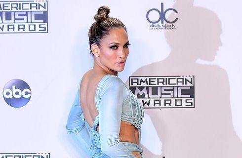 Jennifer Lopez completamente senza trucco su Instagram