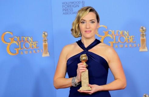 L'abbraccio di Kate Winslet e Leonardo Di Caprio ai Golden Globe