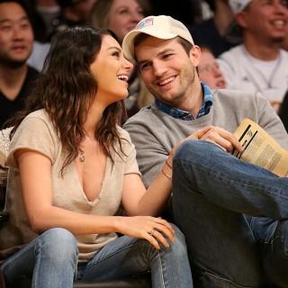Mila Kunis e Ashton Kutcher sul set con la piccola Wyatt
