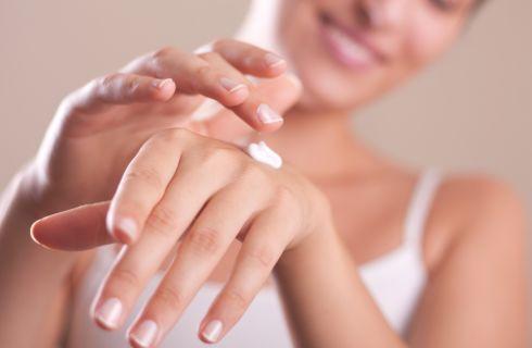 Manicure: 7 cose che accadono quando smetti di farla