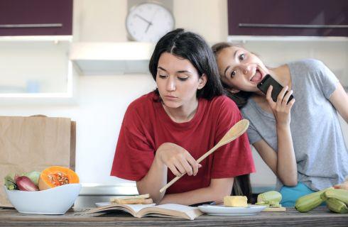 Dieta dello studente: cosa mangiare per studiare meglio