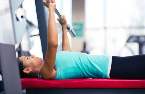 Pullover, esecuzioni e benefici dell'esercizio