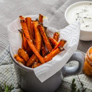 Ricetta delle chips di carote, snack vegetariano