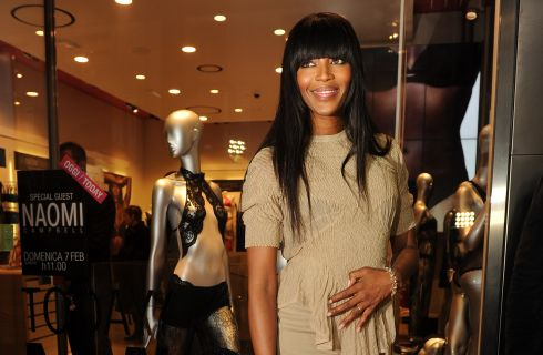 Naomi Campbell a Milano per Yamamay