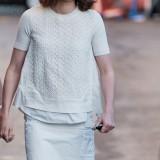 Daisy Ridley indossa un modello di Miu Miu