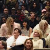 Lamar Odom, Khloe Kardashian, Kylie Jenner, Kim Kardashian, North West, Olivier Rousteing, Kris Jenner e Melanie Griffith alla sfilata di Kanye West