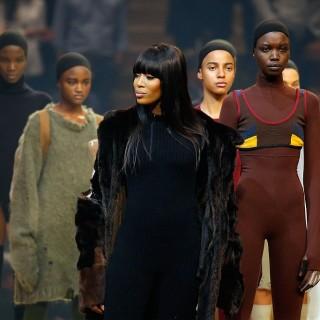 Il clan Kardashian al completo per la sfilata di Kanye West