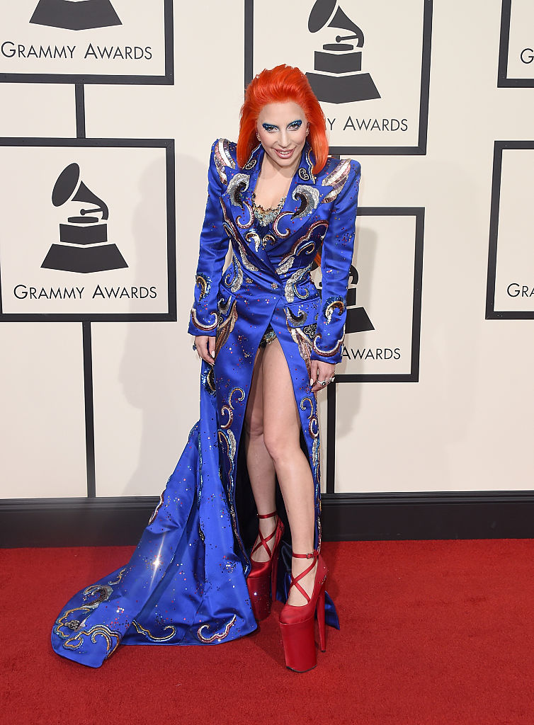 Grammy Awards 2016: i look più belli del red carper