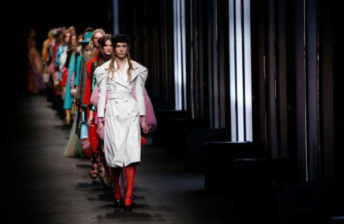 Gucci: sfila la collezione Autunno Inverno 2016-2017
