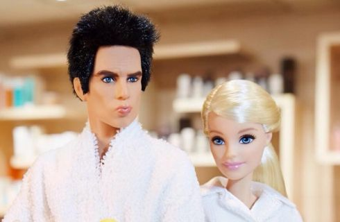 Zoolander incontra Barbie e scattano i selfie a suon di Magnum