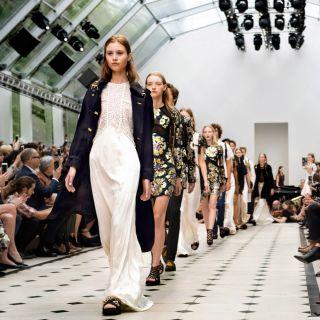 Burberry rivoluziona il sistema moda