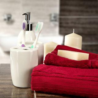 Mensole bagno: la guida per scegliere materiali e design