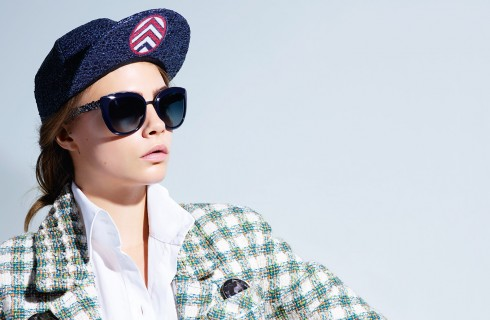 Occhiali da sole Chanel, la collezione primavera estate 2016 con Cara Delevingne