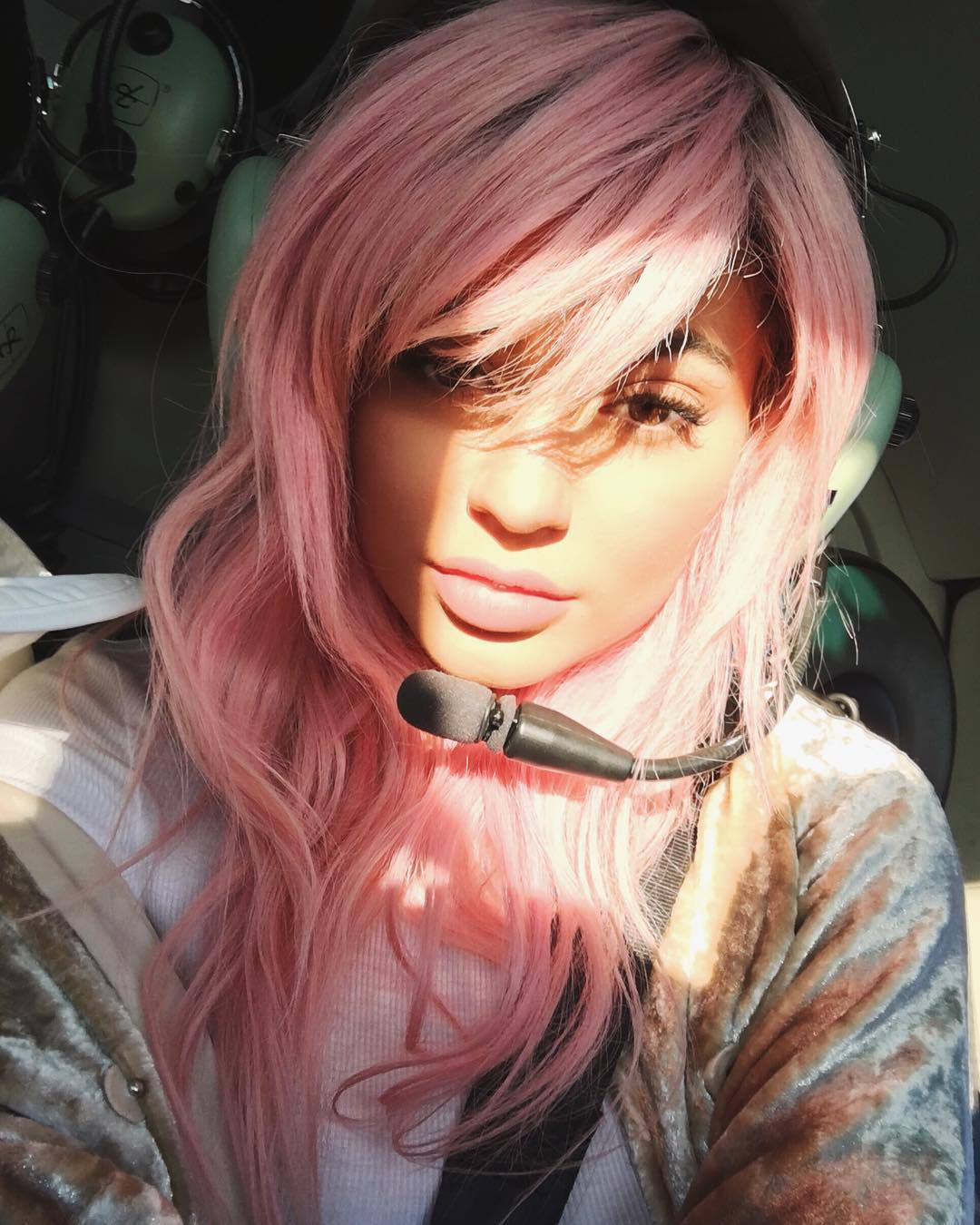 Capelli rosa, le foto delle star