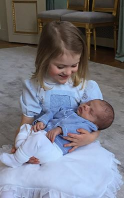 Principe Oscar di Svezia, Principessa Estelle di Svezia