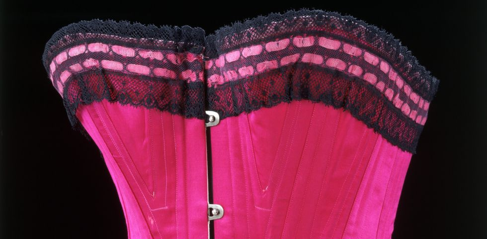 Mostre a Londra, Undressed: A Brief History of Underwear al Victoria and Albert Museum