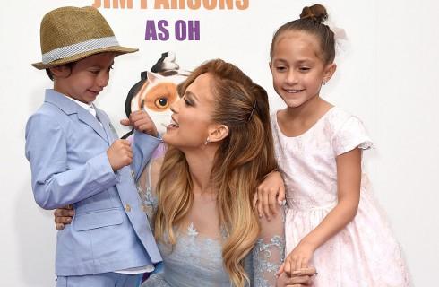 Jennifer Lopez si commuove parlando dei figli Emme e Max