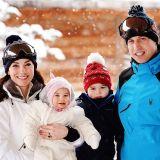 La famiglia reale in vacanza sulla neve (foto Getty Images).
