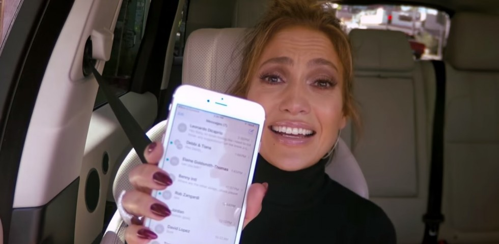 Jennifer Lopez: messaggio hot a Leonardo DiCaprio durante il Carpool Karaoke di James Corden
