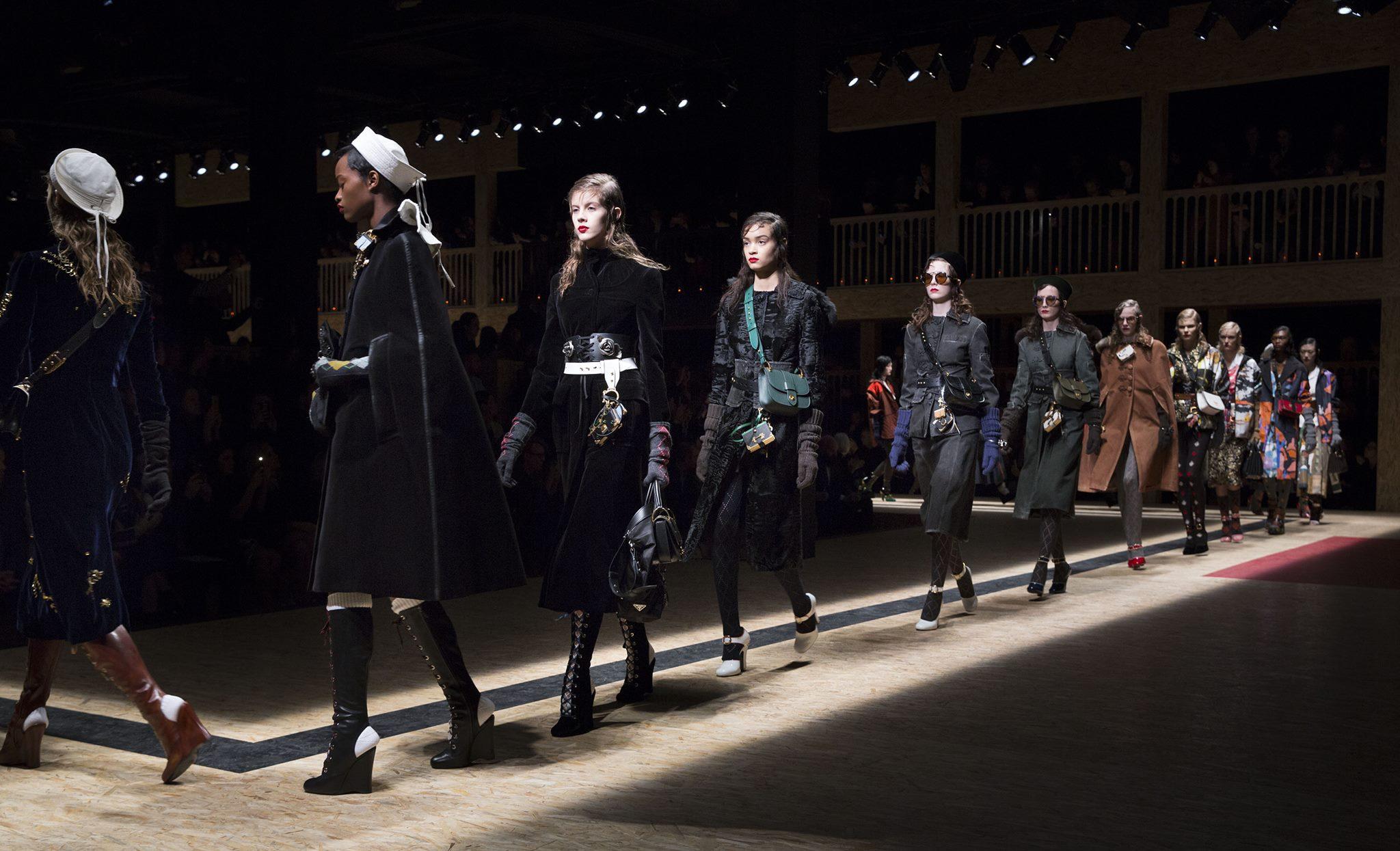 Milano moda donna 10 scarpe must have per l 39 autunno for Mode milano