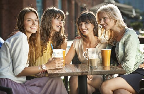 Festa della Donna: 10 idee per festeggiare con le amiche