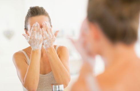 Detergenti viso: i più adatti per ogni tipologia di pelle