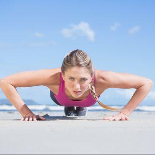 3 motivi per cui una donna dovrebbe allenare i pettorali