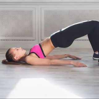 Pilates, il tutorial con gli esercizi per gli addominali