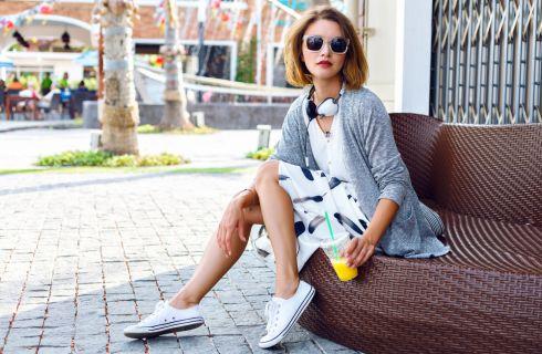 10 consigli di stile per indossare le sneakers