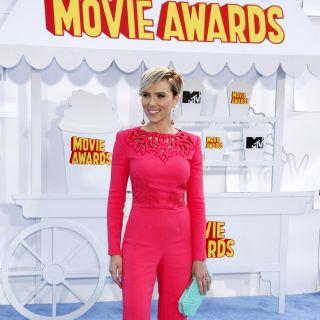 Scarlett Johansson: i suoi look più sexy nei film