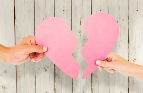 10 errori comuni che le donne fanno in amore