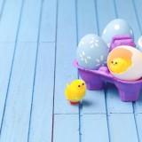 Centrotavola di Pasqua colorato