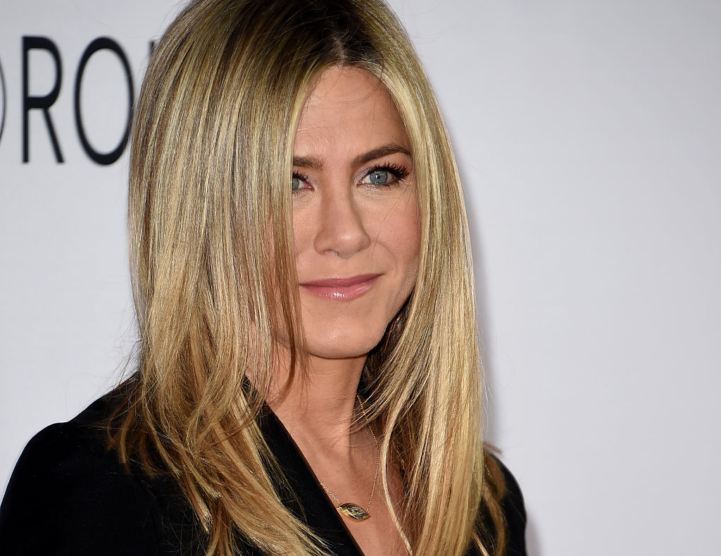 Jennifer Aniston e Julia Roberts le foto della prima di Mother's Day