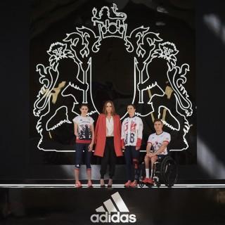 Stella McCartney disegna la nuova divisa del team olimpico