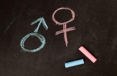 Sesso con donne mature: perché molti uomini lo desiderano