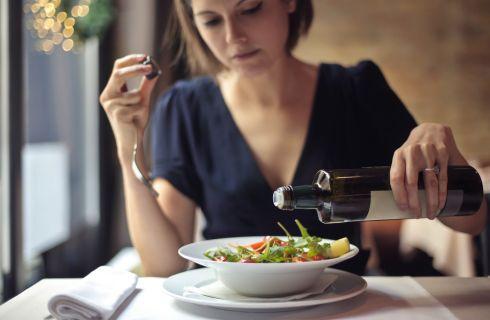 13 piccoli cambiamenti che aiutano a perdere peso
