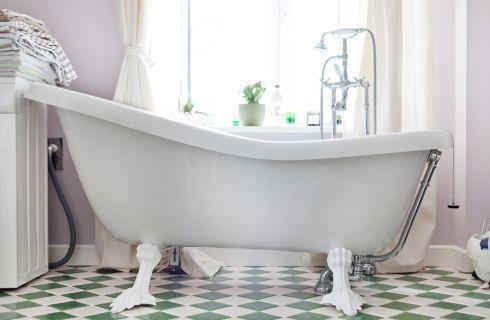 Come abbinare pavimenti e rivestimenti per il bagno