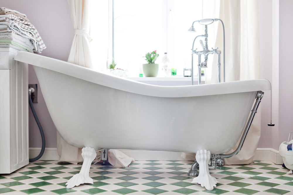 Come abbinare pavimenti e rivestimenti per il bagno diredonna