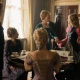 """Una scena di """"Alice attraverso lo specchio"""""""
