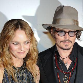 Vanessa Paradis e Lily-Rose difendono Johnny Depp