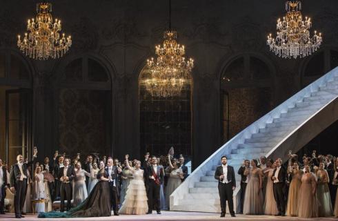La Traviata di Sofia Coppola al Teatro dell'Opera con i costumi firmati Valentino