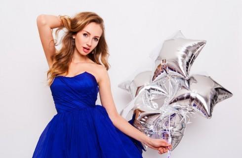 Scarpe da abbinare a vestito blu elettrico