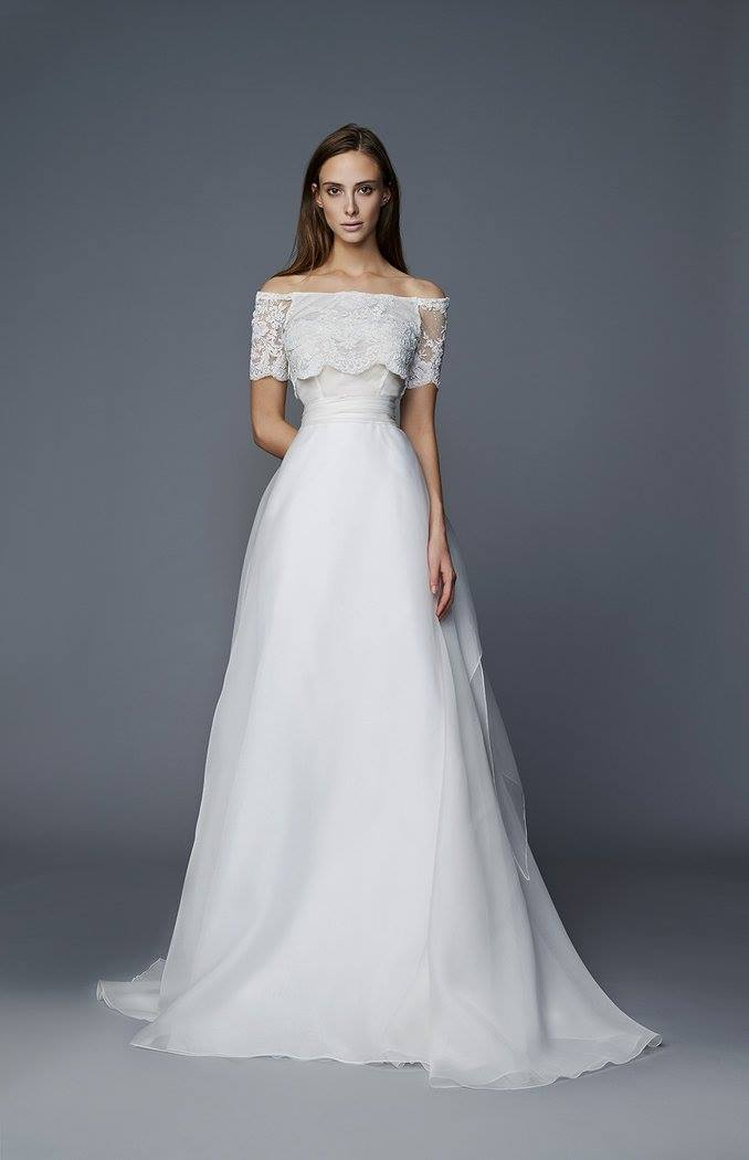 Vestiti da sposa pizzo: le tendenze del 2017