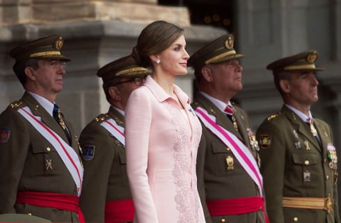 Letizia Ortiz e Kate Middleton: eleganza a confronto