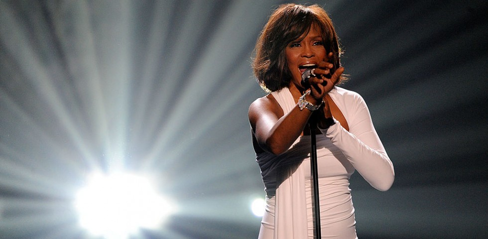 All'asta l'abito del matrimonio di Whitney Houston