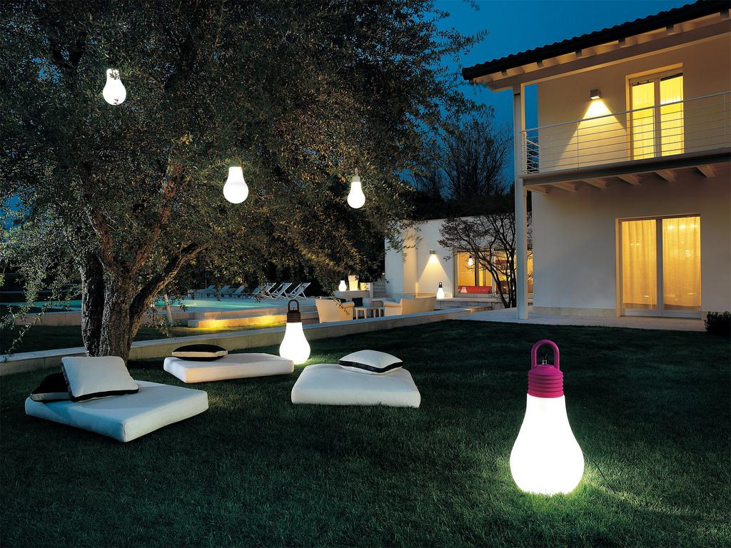 Illuminazione giardino, le proposte di design