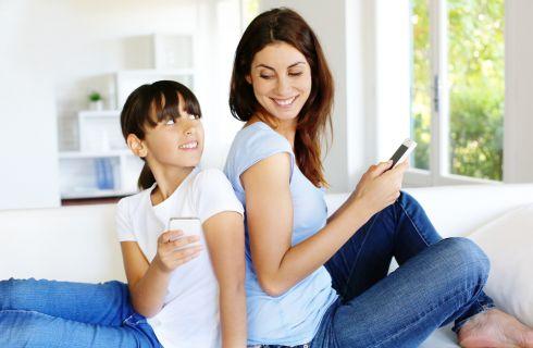 8 regole per educare i bambini all'uso del cellulare